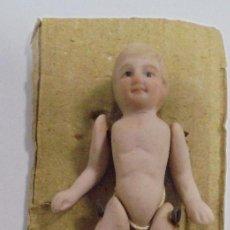 Muñecas Porcelana: ANTIGUO MUÑECO ARTICULADOS DE CERAMICA. 6.5CM. EL DE LA FOTO. Lote 80440441