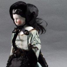 Muñecas Porcelana: MUÑECA CHINA DE MODA CHINA DOLL CABEZA PORCELANA CUERPO TRAPO ROPA SOMBRERO ORIGINAL S XIX. Lote 96144735