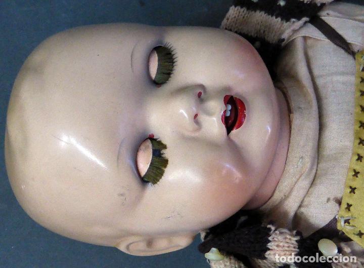 Muñecas Porcelana: Bebé alemán cabeza porcelana cuerpo trapo marca nuca Germany M 11 nº 3 CC 50 cm alto ropa original - Foto 4 - 103283671