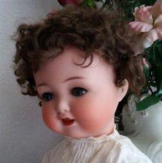 Muñecas Porcelana: MUÑECA ANTIGUA A.M. KÖPPELSDORF MOLDE 1330.. Lote 106009627