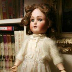 Muñecas Porcelana: MUÑECA DE PORCELANA H. HANDWERECK. Lote 107170159