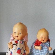 Muñecas Porcelana: ANTIGUAS MUY ARMOSAS MONEQUITAS BEBES EN PORCELANA ARTICULADAS MADE GERMANY ANOS 20,30. Lote 112785227