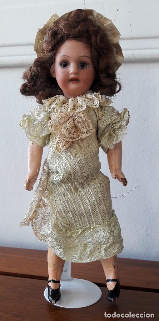 MUÑECA PEQUEÑA ANTÍGUA. CABEZA DE BISCUIT. (Juguetes - Muñeca Extranjera Antigua - Porcelana Alemana)