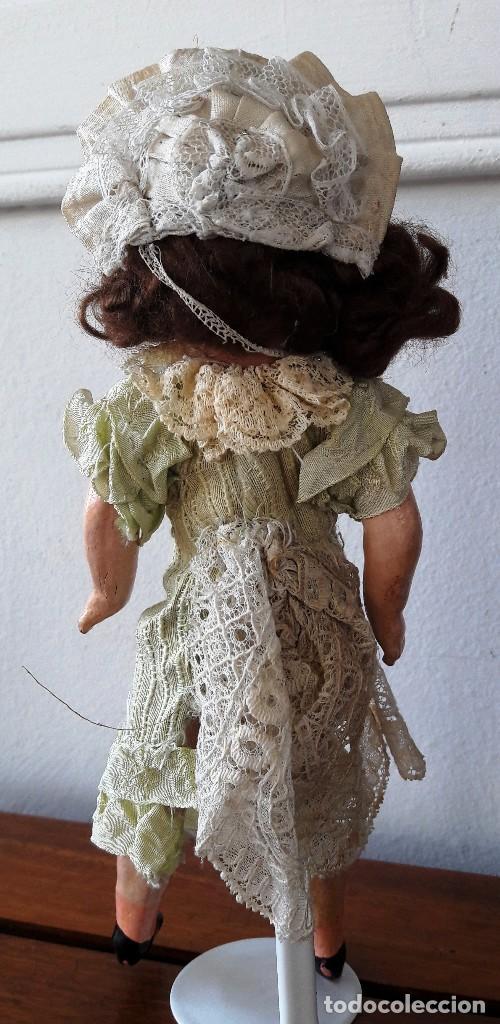 Muñecas Porcelana: Muñeca pequeña antígua. Cabeza de biscuit. - Foto 4 - 116926595