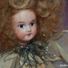 Muñecas Porcelana: MUÑECA FLOR VEIS ANTIGUA EN BICUIT. Lote 128803087