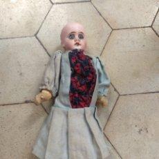Muñecas Porcelana: ANTIGUA MUÑECA DE PORCELANA. Lote 137757434
