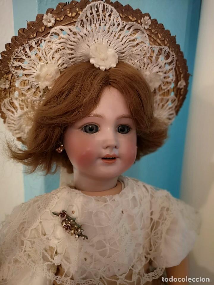 Muñecas Porcelana: IMPRESIONANTE MUÑECA DE PORCELANA ,MARCADA EN LA NUCA ,SIGLO XX ,CON ATUENDO ORIGINALES - Foto 3 - 142908870