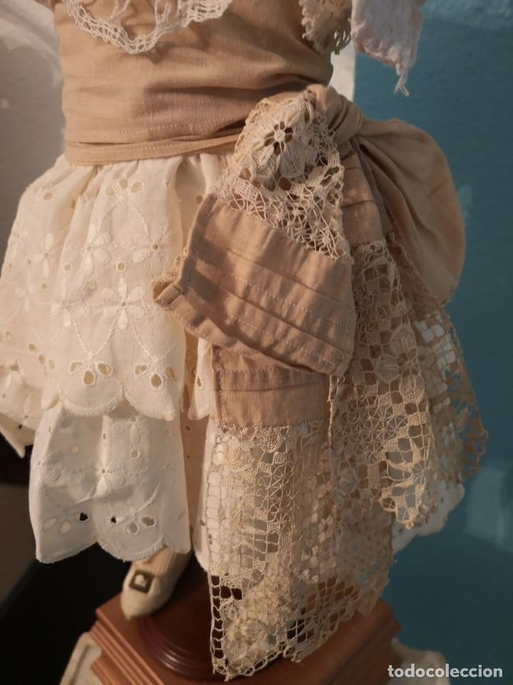 Muñecas Porcelana: IMPRESIONANTE MUÑECA DE PORCELANA ,MARCADA EN LA NUCA ,SIGLO XX ,CON ATUENDO ORIGINALES - Foto 11 - 142908870