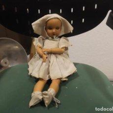 Muñecas Porcelana: ANTIGUA MUÑECA ALEMANA ARTICULADA. Lote 144973882