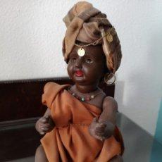 Muñecas Porcelana: PRECIOSO BEBE ALEMÁN ,VESTIDO DE ÁRABE AÑOS 30 ,45CM. Lote 145596134
