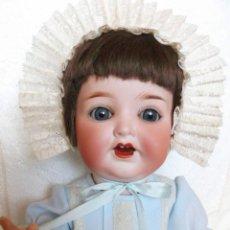 Muñecas Porcelana: PRECIOSO MUÑECO ANTIGUO BEBÉ ALEMÁN DE BISCUIT, TODDLER, VESTIDO COMPLETO. Lote 147002742