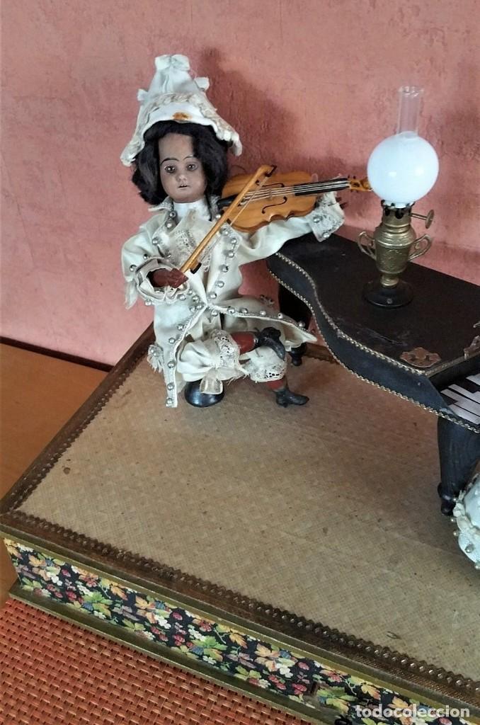 Muñecas Porcelana: ANTIGUO AUTOMATA ALEMANA CONCIERTO DE MUÑECAS 1900 - Foto 2 - 147369282