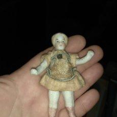 Muñecas Porcelana: ANTIGUA MUÑECA DE PORCELANA - LEER DESCRIPCIÓN -. Lote 153254282