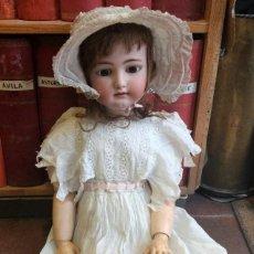 Muñecas Porcelana: ENORME MUÑECA PORCELANA SIMON Y HALBIG TALLA 16 PARA EL MERCADO FRANCÉS ? 80 CM DE ALTURA. Lote 155565302