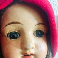 Muñecas Porcelana: MUÑECA DE CARTÓN PIEDRA DE 50CM POSIBLEMENTE JAUMEAU/SFBJ 2 FRANCESA. ANDADORA.. Lote 160979542