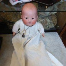 Muñecas Porcelana: ANTIGUO MUÑECO CABEZA PORCELANA - CUERPO TRAPO -. Lote 161127025
