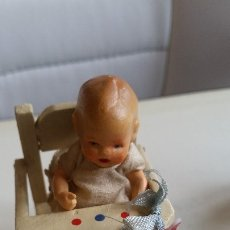 Muñecas Porcelana: ANTIGUA MONECA DE COLECION HECHA DE PORCELANA MADE GERMANY ANOS 30,40 EN SUA CADARITA. Lote 173107750