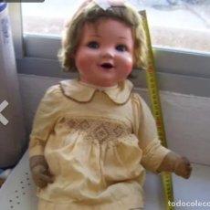 Muñecas Porcelana: MUÑECA ALEMANA RSRISIMA SE LE GIRAN LOS OJOS Y DUENA. Lote 177757230