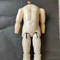 Muñecas Porcelana: CUERPO DE COMPOSICIÓN ANTIGUO 46 CM. Lote 177887187