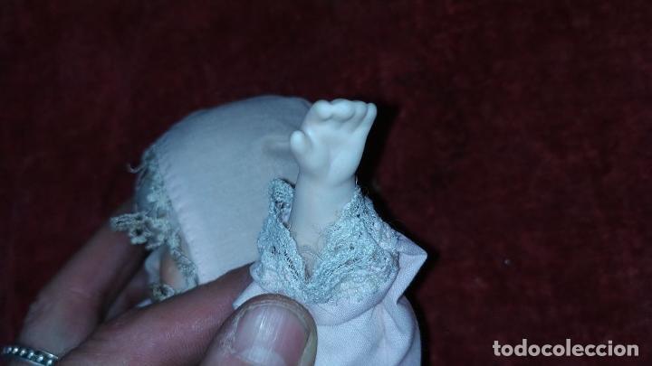 Muñecas Porcelana: 2 MUÑECAS EN BISCUIT. UNA CON EL CUERPO DE TELA. ALEMANIA. PRINCIPIO SIGLO XX - Foto 7 - 189749537