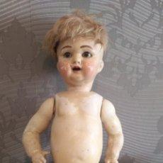 Muñecas Porcelana: MUÑECO BEBE ALEMÁN DE KAMMER & REINHARD, SIMON HALBIG, DE 43 CM. OJOS DURMIENTES MOLDE 126?. Lote 193041216