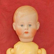 Muñecas Porcelana: MUÑECO DE PORCELANA ALEMAN HANSEL DE REPRODUCCION, CON LAS SIGUIENTES MARCAS EN LA NUCA, A Nº 5, 36. Lote 219743608