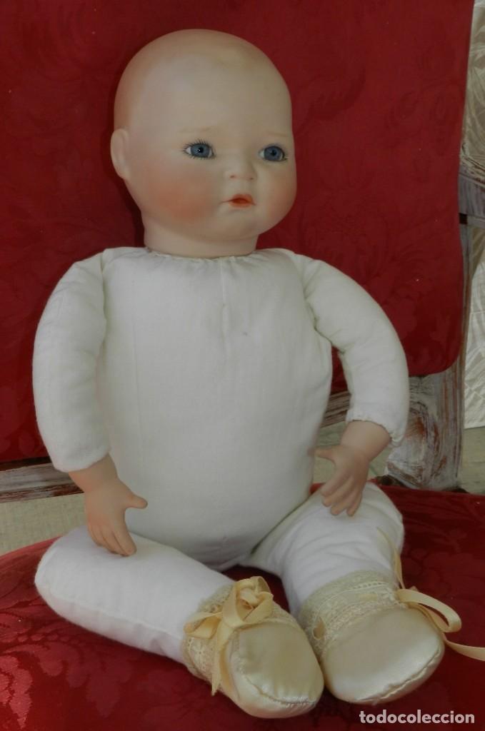 Muñecas Porcelana: MUÑECO BEBE DE PORCELANA ALEMAN DE REPRODUCCION, CON LAS SIGUIENTES MARCAS EN LA NUCA, AP SMR 1991 C - Foto 4 - 219744141
