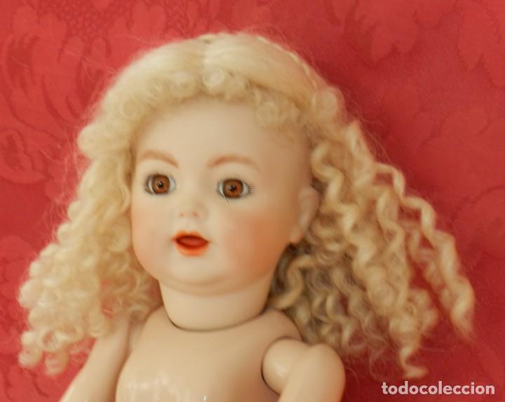 Muñecas Porcelana: MUÑECA DE PORCELANA ALEMAN KR DE REPRODUCCION, CON LAS SIGUIENTES MARCAS EN LA NUCA, SH 101 - 122 , - Foto 4 - 219747222