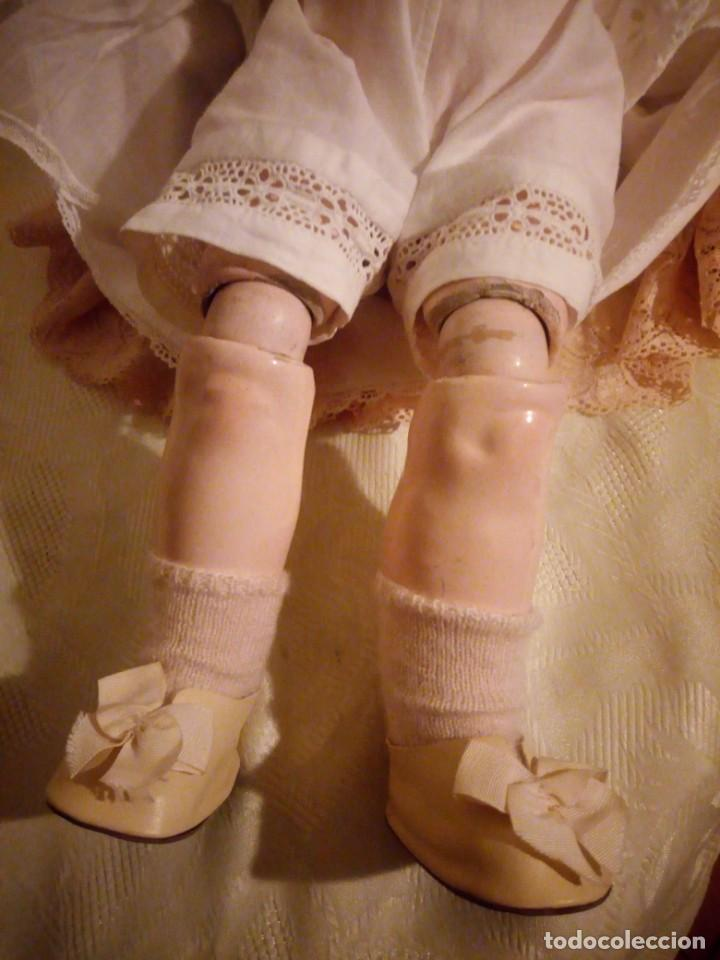 Muñecas Porcelana: Antigua muñeca made in germany 18/10,cabeza de porcelana biscuit,cuerpo de madera articulado. - Foto 9 - 222953772