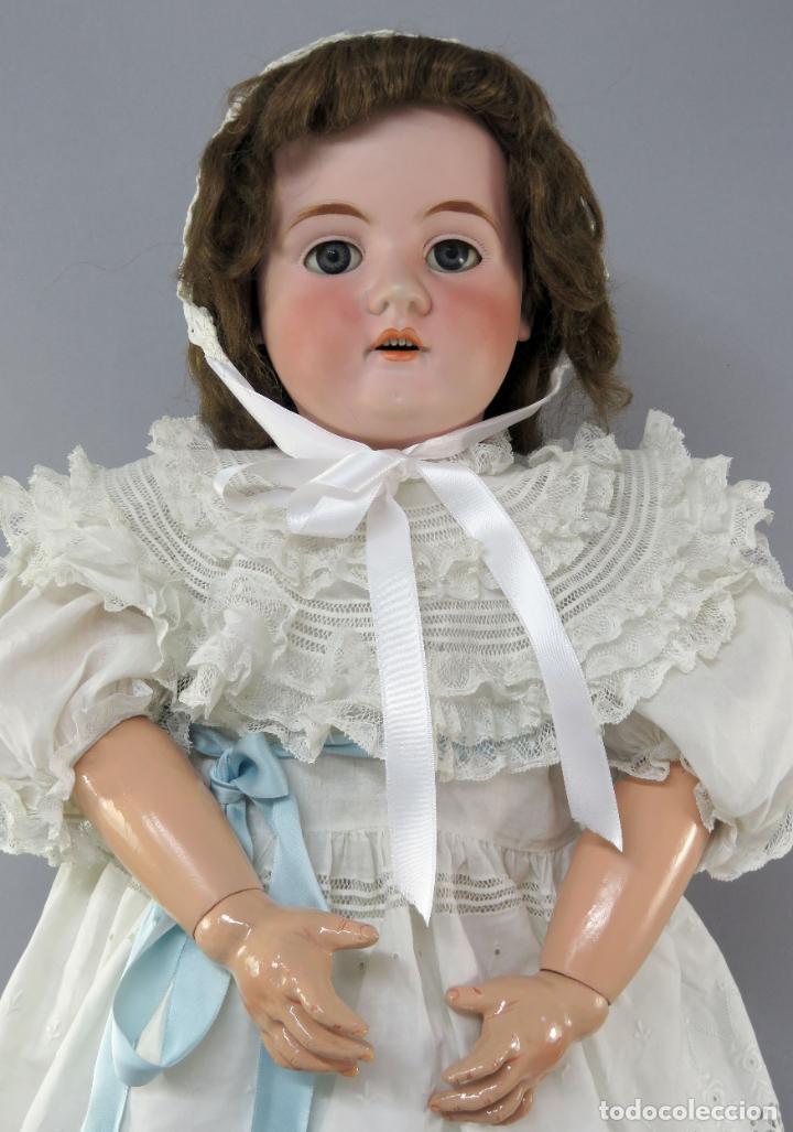 Muñecas Porcelana: Muñeca cabeza porcelana cuerpo madera articulado marca nuca 444 16 ojo durmiente 80 cm alto - Foto 2 - 223485392