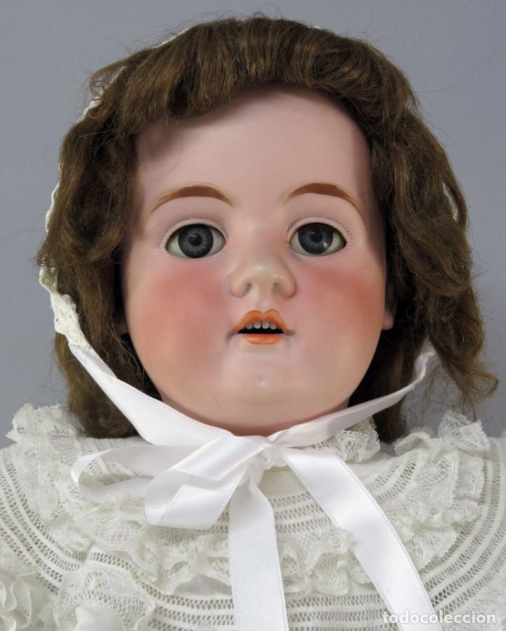 Muñecas Porcelana: Muñeca cabeza porcelana cuerpo madera articulado marca nuca 444 16 ojo durmiente 80 cm alto - Foto 3 - 223485392