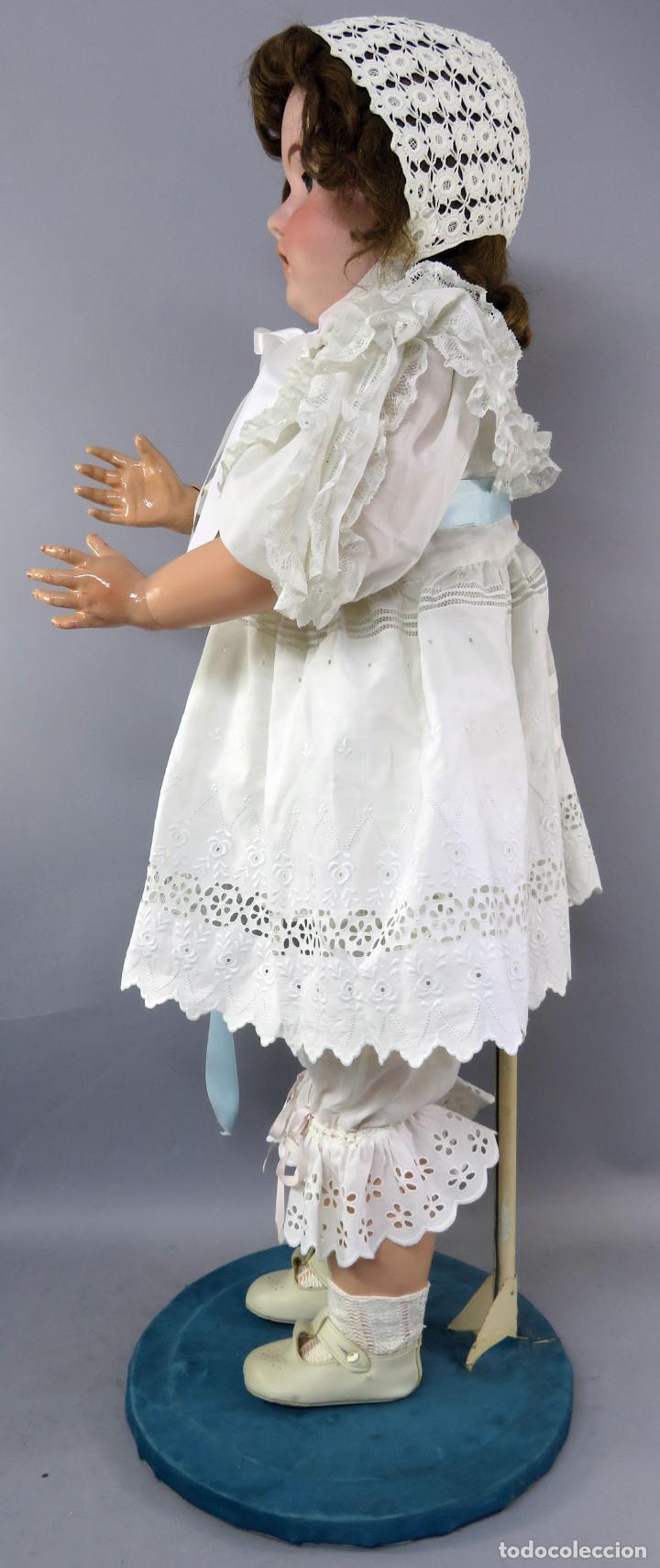 Muñecas Porcelana: Muñeca cabeza porcelana cuerpo madera articulado marca nuca 444 16 ojo durmiente 80 cm alto - Foto 5 - 223485392