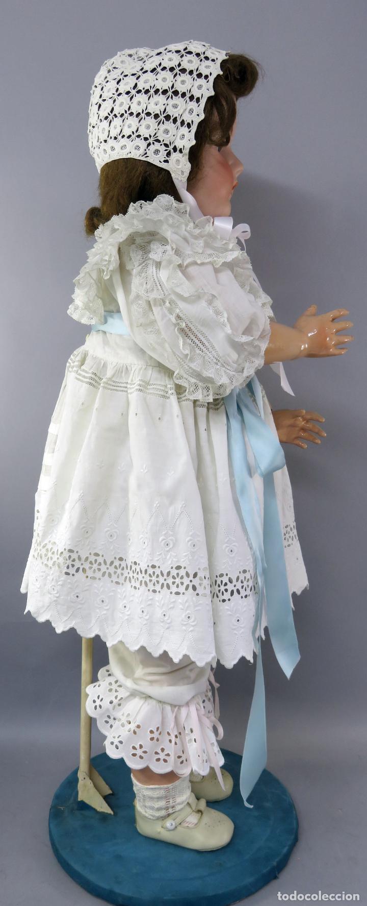 Muñecas Porcelana: Muñeca cabeza porcelana cuerpo madera articulado marca nuca 444 16 ojo durmiente 80 cm alto - Foto 10 - 223485392