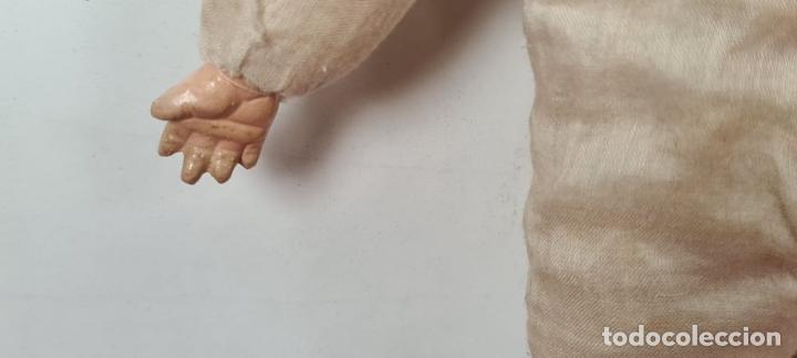 Muñecas Porcelana: MUÑECO BEBÉ. CABEZA Y MANOS DE PORCELANA. CUERPO DE PAJA. ALEMANIA. CIRCA 1920. - Foto 4 - 226950040