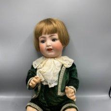 Muñecas Porcelana: MUÑECO ANTIGUO DE PORCELANA ALEMANA. Lote 234995315