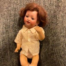 Muñecas Porcelana: PRECIOSO BEBÉ ANTIGUO DE PORCELANA CON FALTAS. Lote 246034700