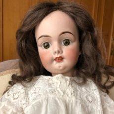 Bonecas Porcelana: MUÑECA ANTIGUA BEBE BARCELONA, 73 CMS. Lote 256129285