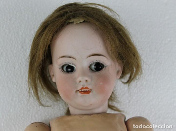 Muñecas Porcelana: Muñeca con cara de porcelana biscuit y cuerpo de composición de principios del siglo XX - Foto 3 - 262246355