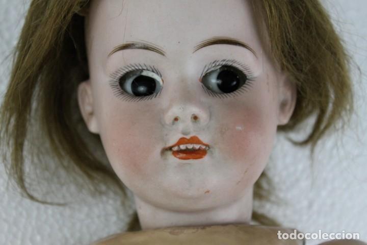 Muñecas Porcelana: Muñeca con cara de porcelana biscuit y cuerpo de composición de principios del siglo XX - Foto 4 - 262246355