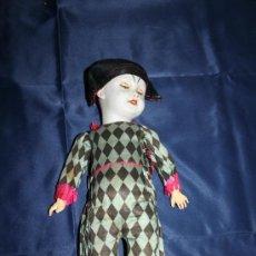Muñecas Porcelana: RARÍSIMO ARLEQUIN 'SFBJ 301 PARIS 3' - CABEZA DE PORCELANA - ROPA ORIGINAL - PERF. ESTADO. Lote 30702567