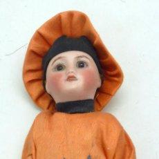 Muñecas Porcelana: MUÑECO ORIENTAL CABEZA PORCELANA FRANCE CUERPO COMPOSICIÓN ROPA ORIGINAL PP S XX 17 CM ALTO. Lote 57593381