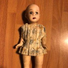 Muñecas Porcelana: ANTIGUA MUÑECA CON CABEZA Y CUERPO DE BISCUIT.17,5 CM. Lote 107214355