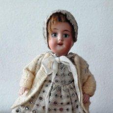 Muñecas Porcelana: MUÑECA ANTÍGUA DE BISCUIT MINIATURA PARA CASA DE MUÑECAS. Lote 118778447