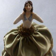 Muñecas Porcelana: ANTIGUA MUÑECA DE PORCELANA - BOMBONERA PRINCIPIOS S.XX. Lote 128344379