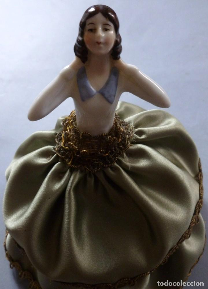 Muñecas Porcelana: ANTIGUA MUÑECA DE PORCELANA - BOMBONERA PRINCIPIOS S.XX - Foto 2 - 128344379