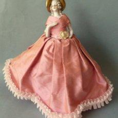 Muñecas Porcelana: ANTIGUA MUÑECA DE PORCELANA - BOMBONERA PRINCIPIOS S.XX. Lote 128541615