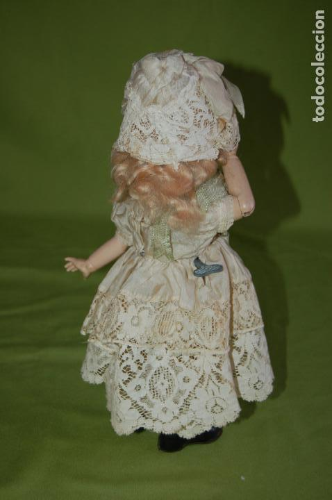 Muñecas Porcelana: dep jumeau automata andadora a cuerda funciona - Foto 7 - 133000310