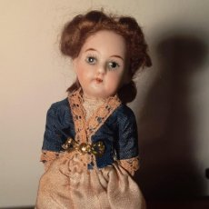 Muñecas Porcelana: MUÑECA ANTÍGUA PARA DE CASA DE MUÑECAS CON CABEZA DE BISCUIT.. Lote 144593162