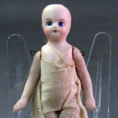 Muñecas Porcelana: MUÑECA PORCELANA FRANCESA ARTICULADA PARA CASA MUÑECAS PP S XX 10 CM ALTO. Lote 181392516