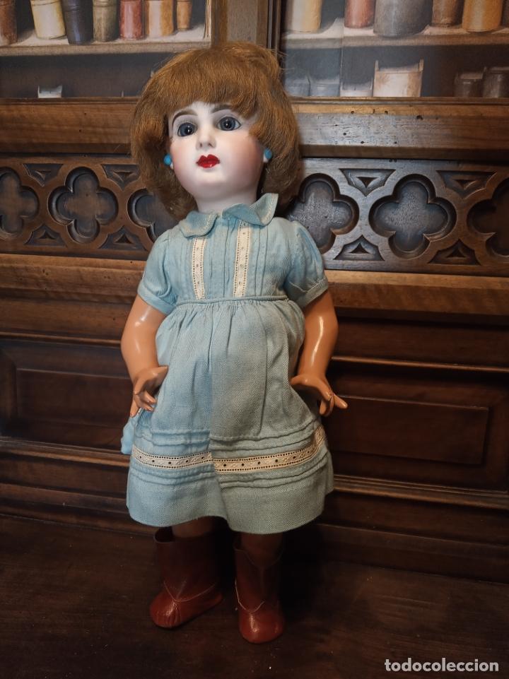 Muñecas Porcelana: Preciosa muñeca francesa de la casa Jumeau. Depose. E9J. Talla 9. Cuerpo de cartón. Ojos azules. - Foto 4 - 182715390